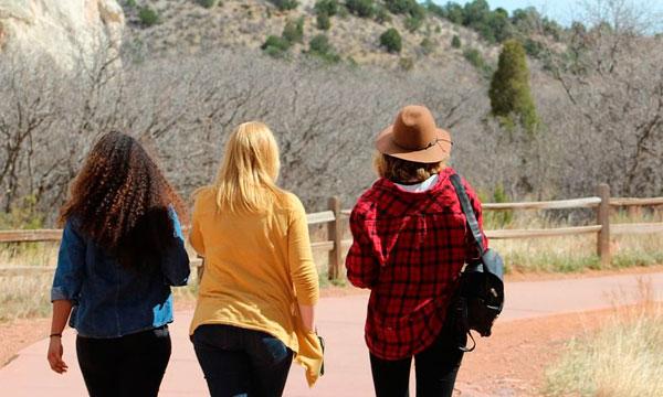 Viajar con amigos | Alquiler de furgonetas en Barcelona