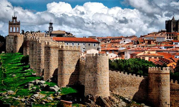 Descubriendo la Espana Medieval Avila | Alquilar furgonetas en Madrid