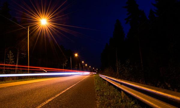 Conducir tu furgoneta de noche | Alquilar furgoneta