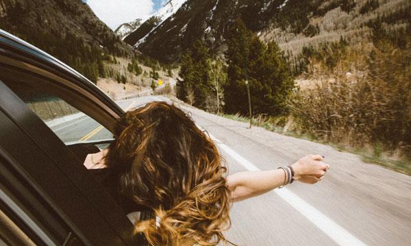 Normas de conducción que quizás no sabías | Alquiler de furgonetas