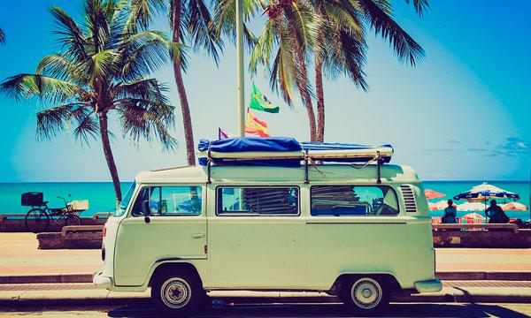 Ir a la playa en furgoneta | Alquilar furgonetas en Barcelona
